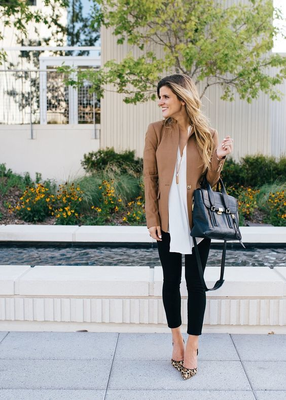 02-black-cropped-jeans-a-white-shirt-a-tan-jacket-and-leopard-shoes