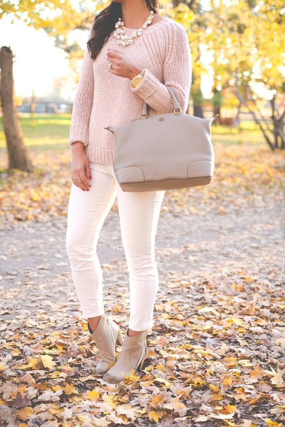 11-blush-sweater-white-jeans-and-nude-boots