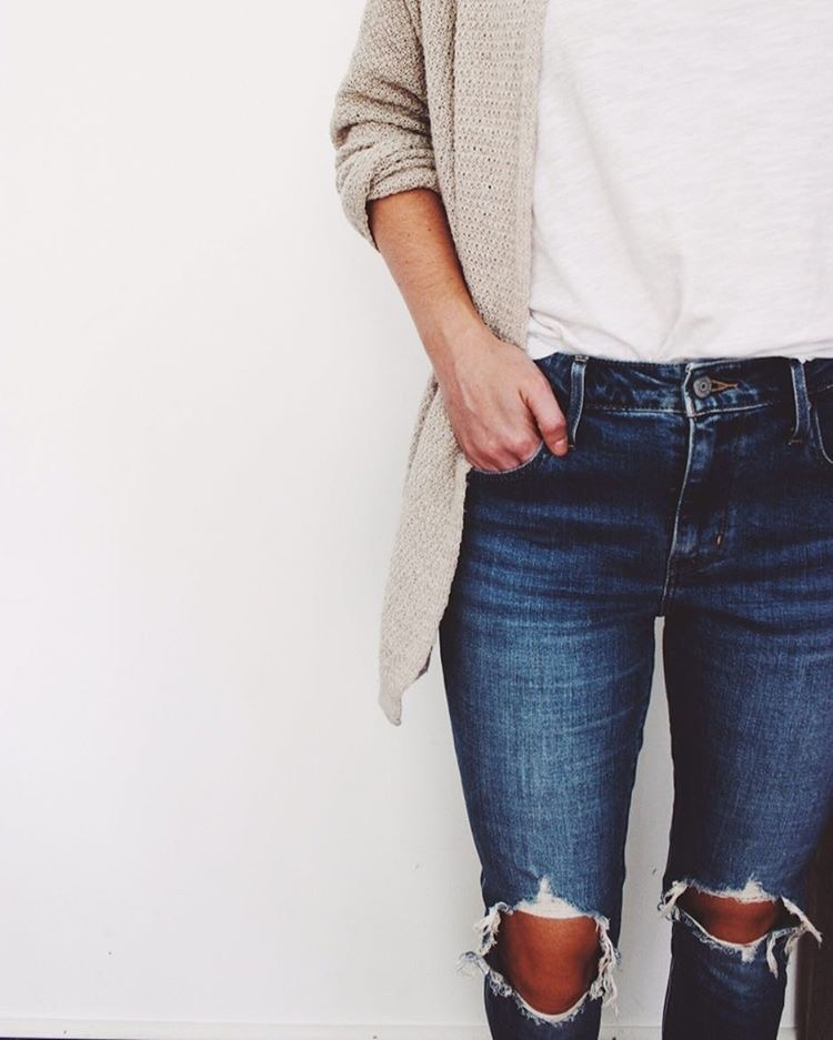 excellent cute outfits with ripped jeans girls