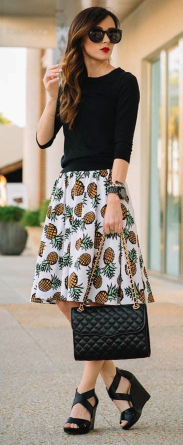 50+ Stylish Back to School Outfits for Teachers You Will LOVE!