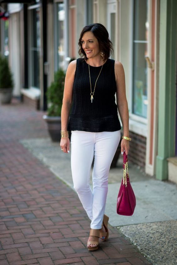 50+ Gorgeous Summer Outfits for Women Over 40 Years Old | MCO